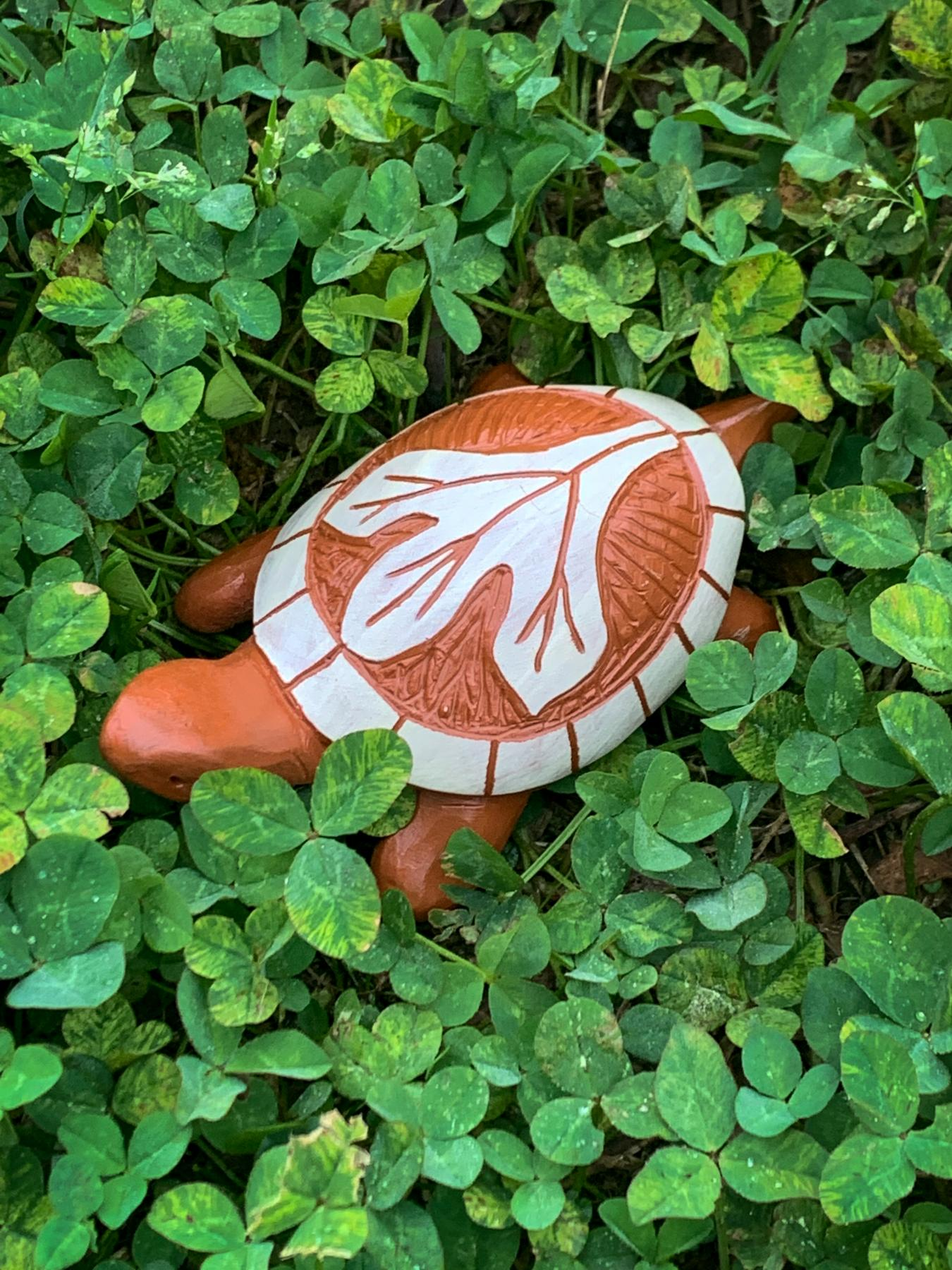 clay turtle with sassafras leaf design